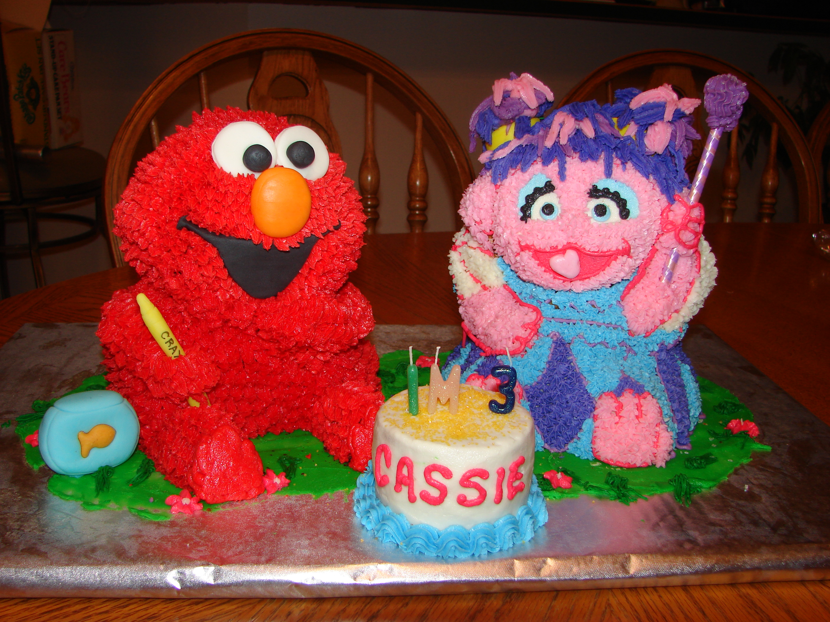 Elmo And Abby Standup Cakes Made For My Daughters Birthday Each - Elmo and abby birthday cake